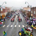 santa16_tractors